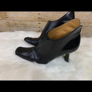 Mezlan black leather ankle boots